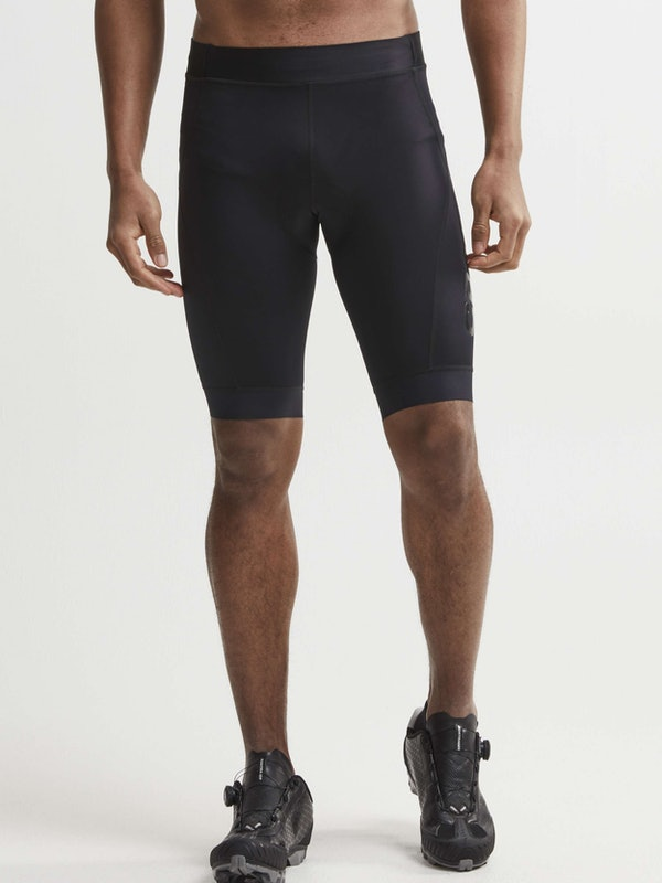 Essence Shorts M